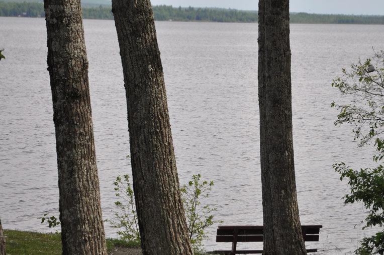 roulotte a vendre au berge du lac aylmer