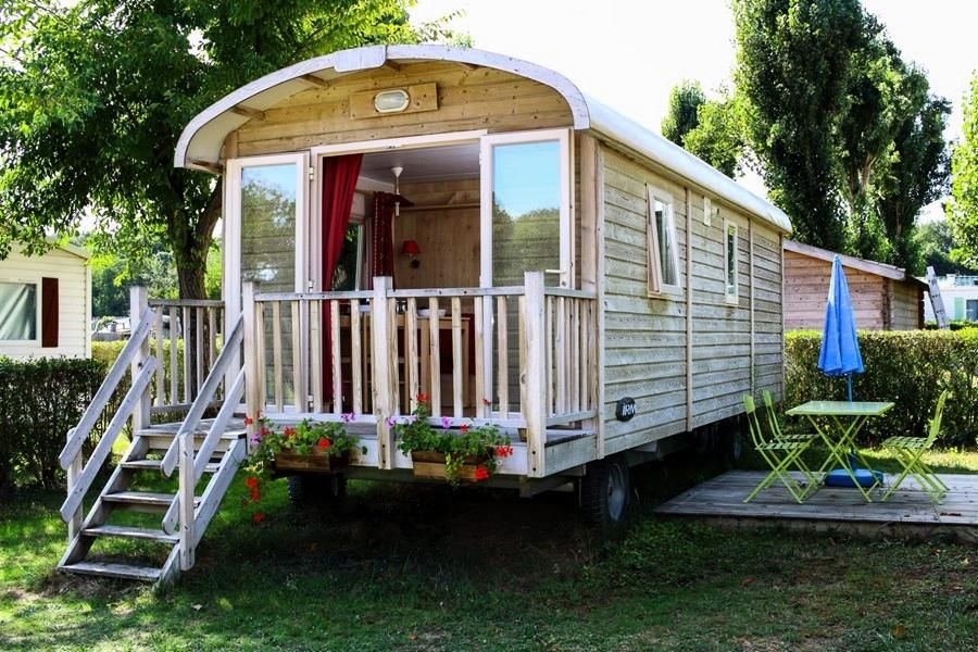 roulotte camping synonyme